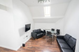 4 Bedroom Apartment at Hops House, Close to University of Leicester